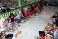 11 Adab Makan dan Minum Dalam Islam Beserta Dalilnya