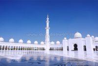 Doa Masuk Masjid & Doa Keluar Masjid Beserta Adabnya (Lengkap)